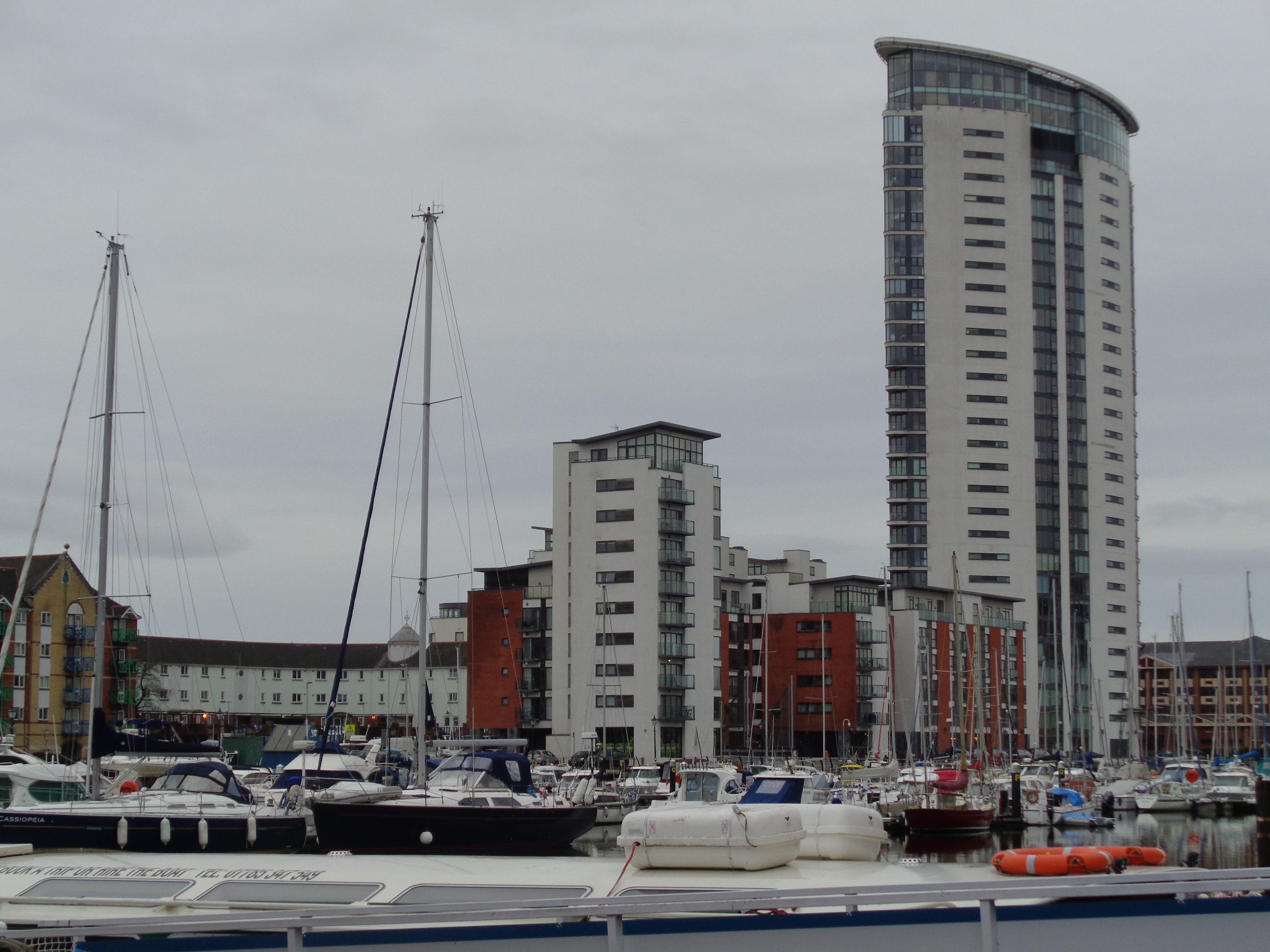 "3. ""Swansea Discovery"" walk – 5 miles"